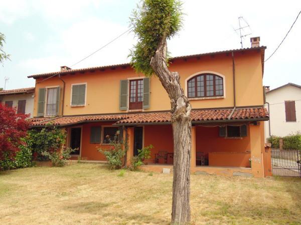 Villa in vendita a Viarigi, 9999 locali, prezzo € 190.000   CambioCasa.it