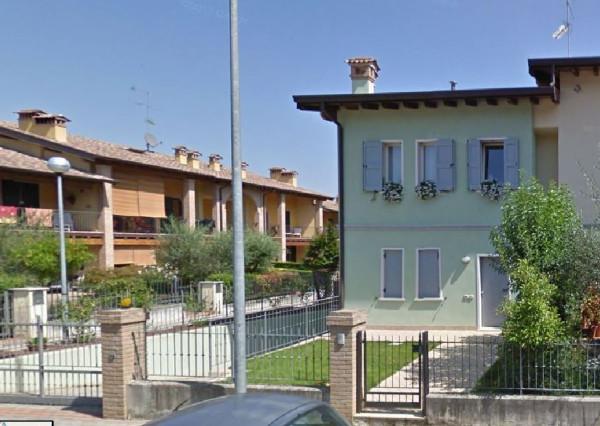 foto  Villetta a schiera via Giosuè Carducci, Ponti sul Mincio