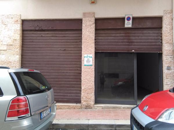 foto  Negozio in Affitto a Mola di Bari