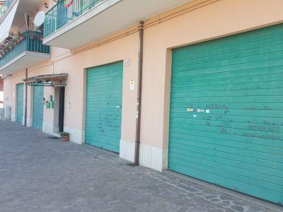 Appartamenti in affitto a roma in zona osteria del for Affitto ufficio anagnina