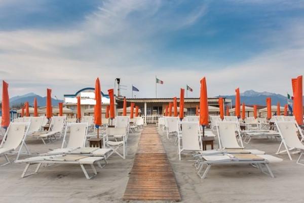 foto SPIAGGIA Stabilimento balneare in Vendita a Montignoso