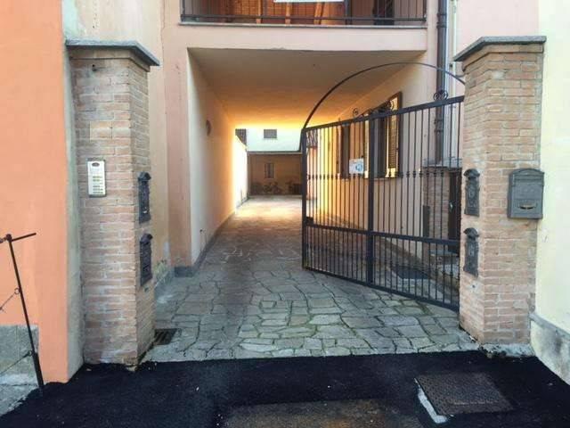 foto  Car box / Garage via Ruatti, Caramagna Piemonte