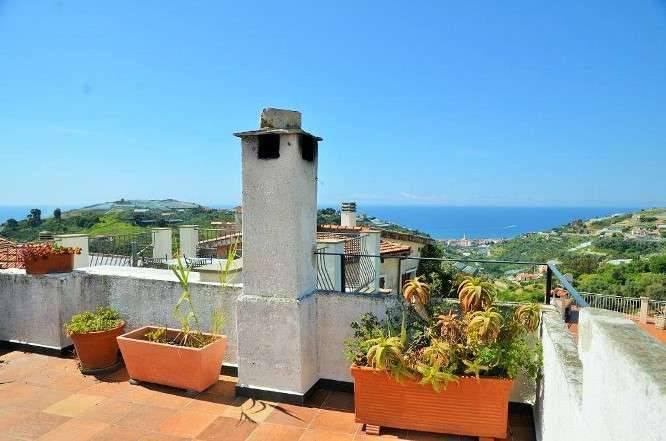 foto Panorama Casa indipendente via Conio 36, Pompeiana