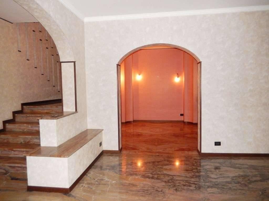 foto  Single family villa, good condition, 416 sq.m., Arcene