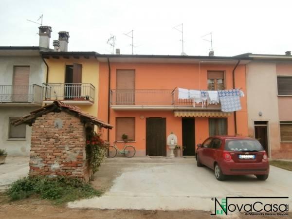 foto esterno Casa indipendente 104 mq, buono stato, Castelnuovo Bocca d'Adda