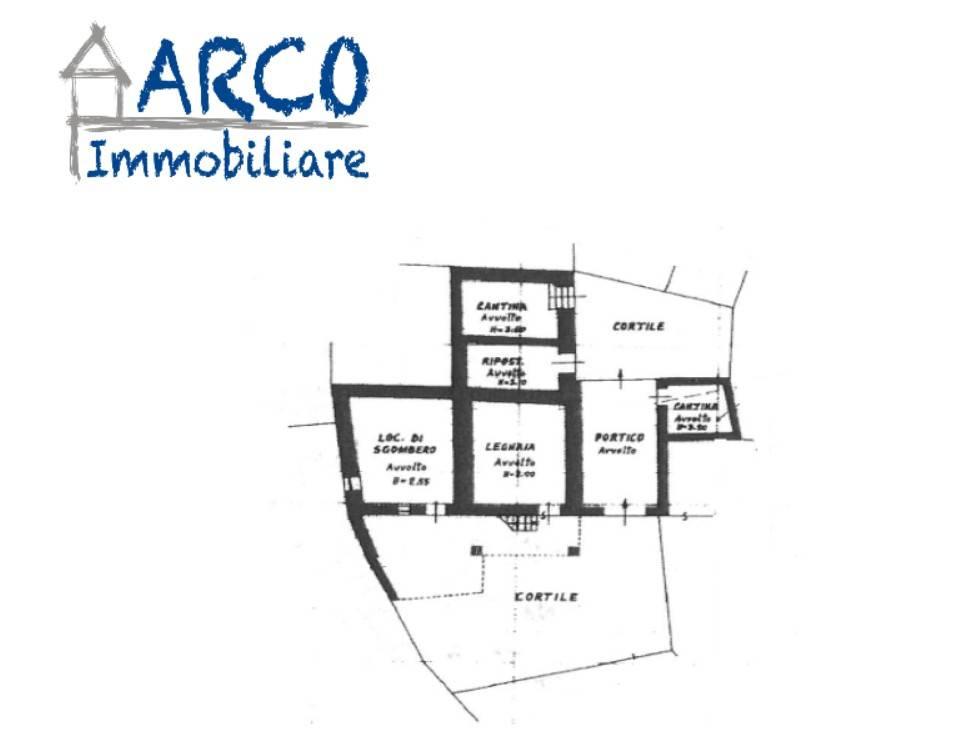 foto  Casa indipendente via Arco, Dro