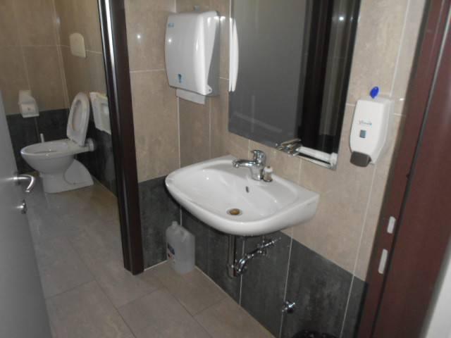 foto  Ufficio in Affitto a Adria