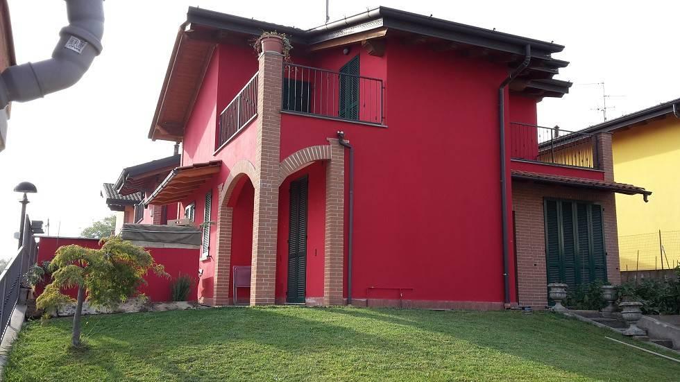 foto  Single family villa via Badia 35, Gessate