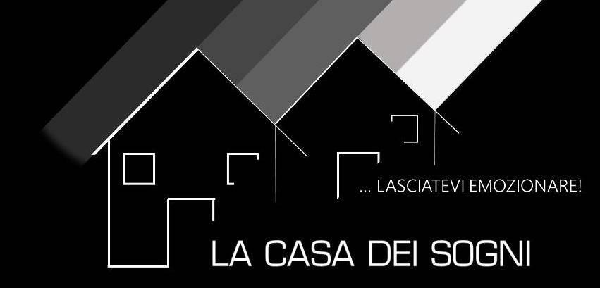 foto Logo Agenzia Abbigliamento in Vendita a Ferrara