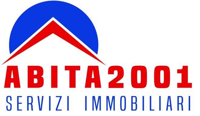 foto logo Trilocale piazza San Giovanni Bosco, Roma