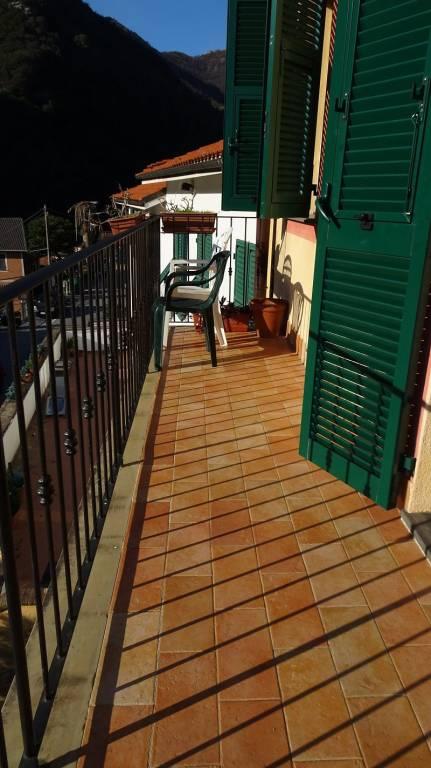 foto balcone 4-room flat via Arbora, Avegno