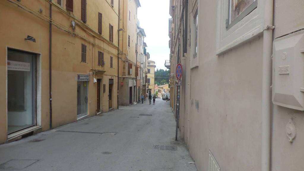 foto  Quadrilocale piazza Ruggeri 12, Monte Roberto
