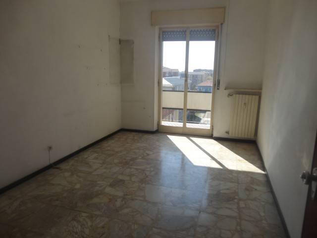 foto  Quadrilocale buono stato, quinto piano, Alessandria