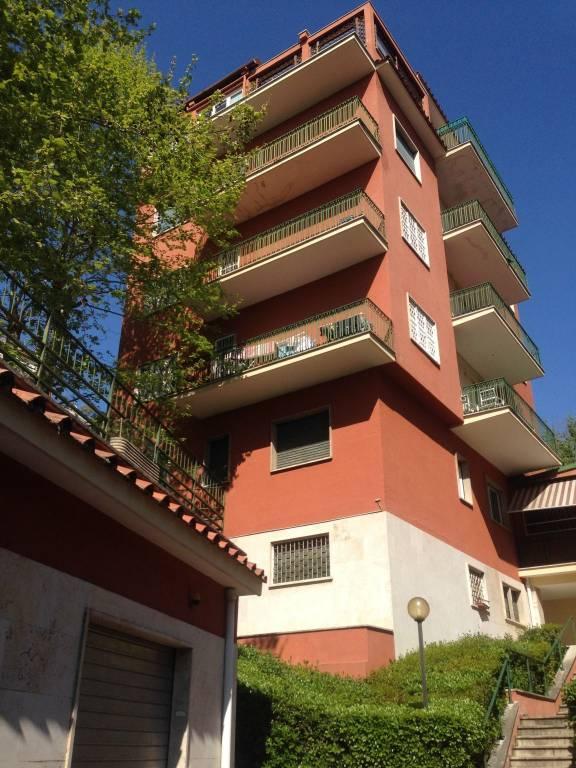 foto  Appartamento via Alberto Cadlolo, Roma