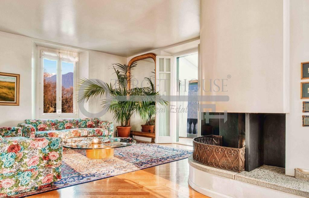 foto sala Single family villa via per Bisbino 16, Cernobbio
