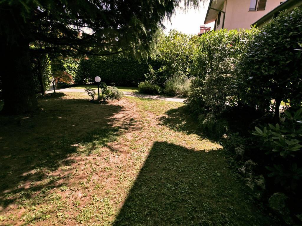 foto  Villa unifamiliare, ottimo stato, 211 mq, Brembate