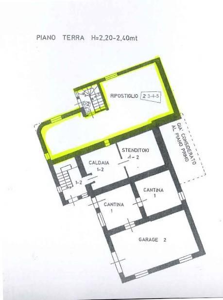 foto  Trilocale buono stato, terzo piano, San Giovanni di Fassa