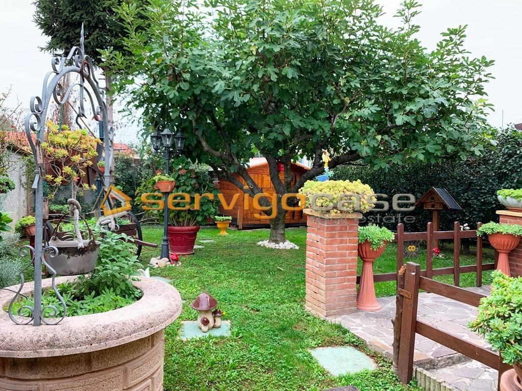 foto DETTAGLI Terraced house 4 rooms, excellent condition, Vermezzo con Zelo