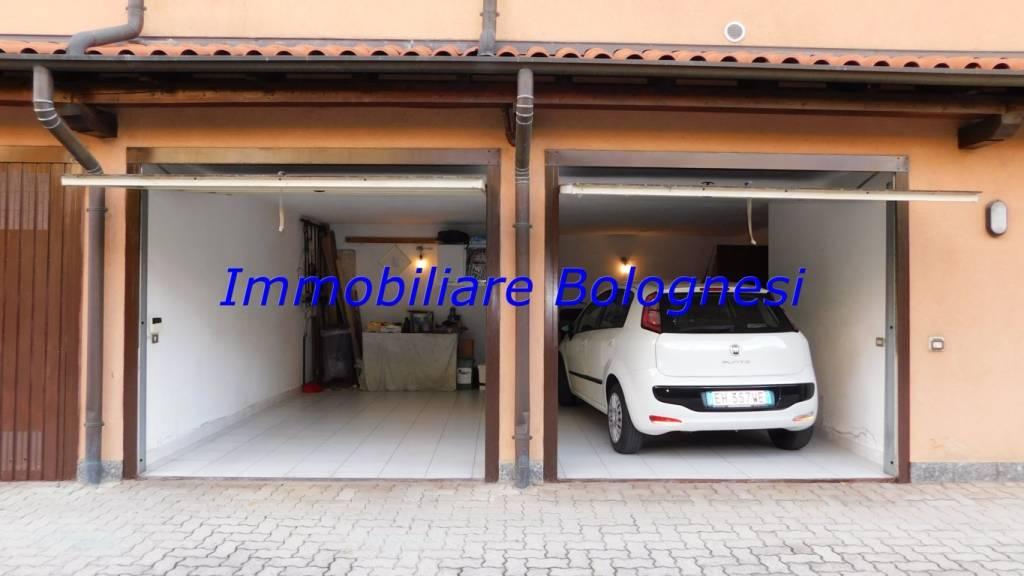 foto estero Villa bifamiliare via Beata Giuliana 55, Samarate