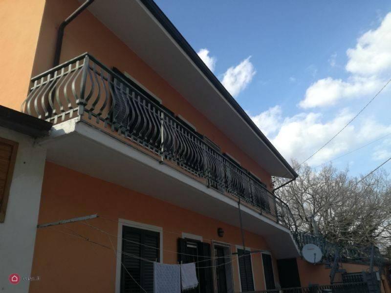 foto  Τεσσάρι via Molise, Sant'Agapito
