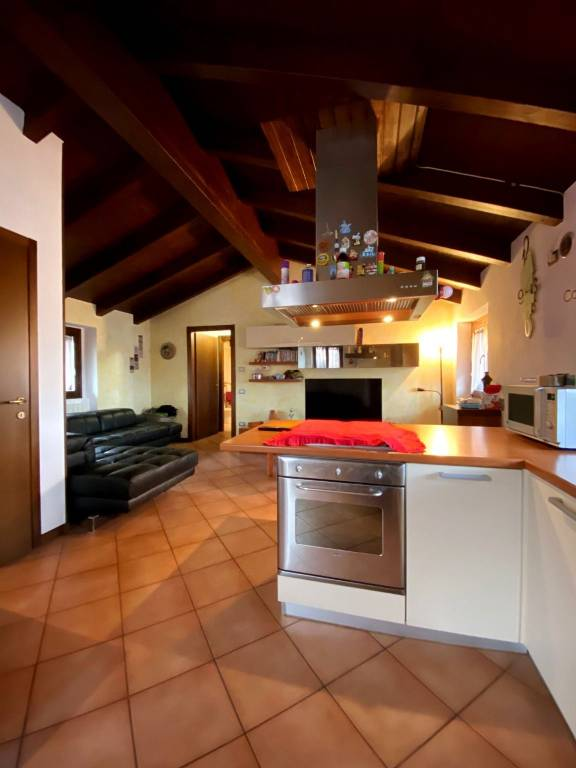 foto sala 2-room flat via Cristoforo Colombo, Pozzo d'Adda