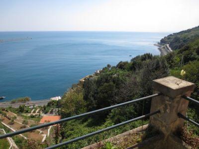 foto Poggiolo/Vista Trilocale buono stato, secondo piano, Genova