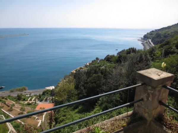 foto  Trilocale buono stato, secondo piano, Genova