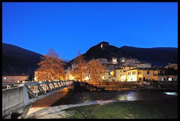 foto  Quadrilocale via San Rocco 36, Scheggino